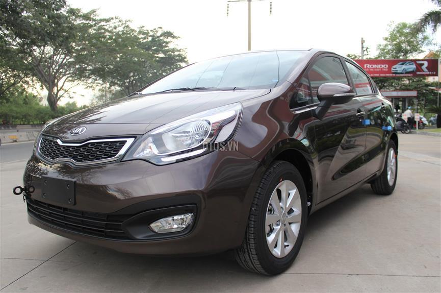 2015 KIA Rio 1.4 AT Sedan