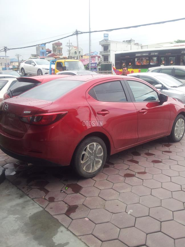2015 Mazda 2 1.5 AT Skyactiv Sedan