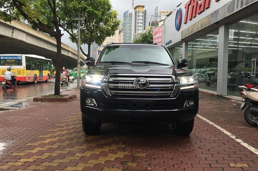 2016 Toyota Land Cruiser 5.7 V8