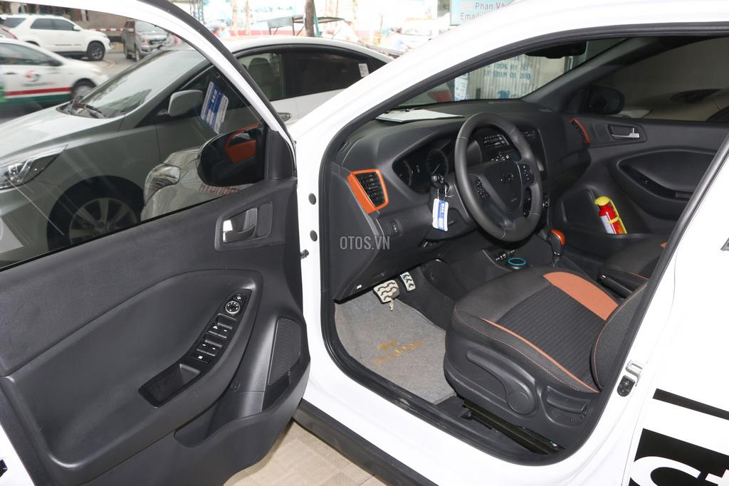2015 Hyundai i20 1.4 AT