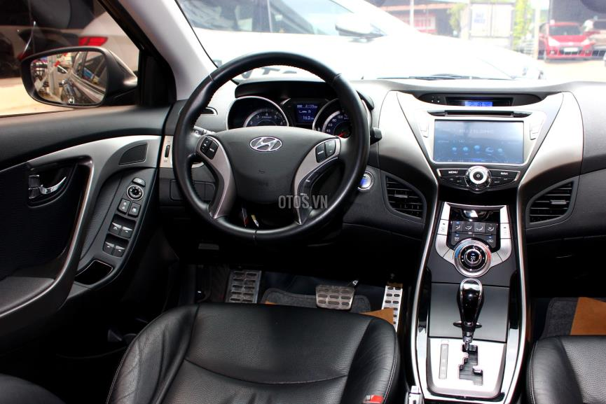 2013 Hyundai Elantra 1.8 AT
