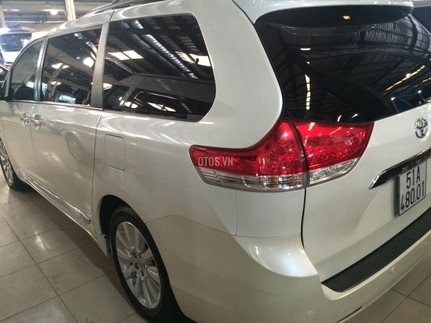 2013 Toyota Sienna 3.5 AT